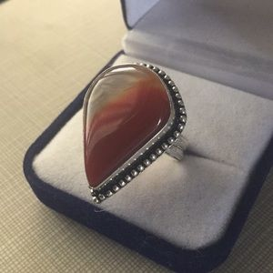 Jewelry - Beautiful red Agate artisan ring